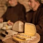 Almnäs Bruk, ekologisk ost, wrångebäcksosten, anno 1225, källarlagrad, almnäs tegel, munkar, kräftskiva, pilgrimsvandring, mejeri (28)