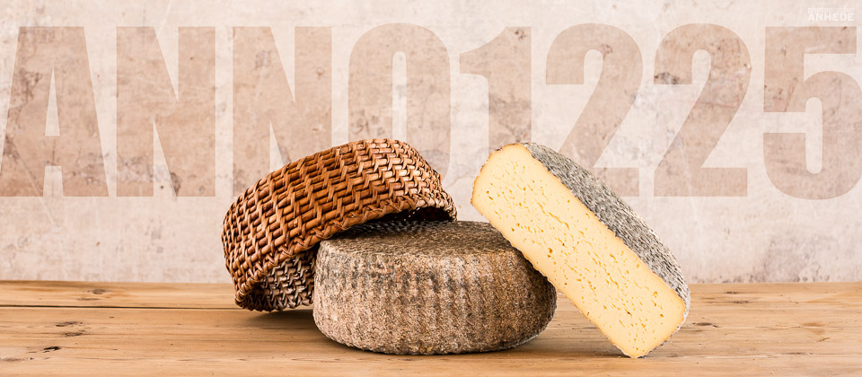Anno 1225 - Produktfotografering av ost för Almnäs Bruk - Commercial product photography, fine heritage cheese from Almnas, Sweden