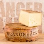 Wrångebäck Sweden - Produktfotografering av ost för Almnäs Bruk - Commercial product photography, fine heritage cheese from Almnas, Sweden