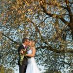 Wedding photographer / Bröllopsfotograf, Almnäs, Hjo - Magdalena & Jesper (11)