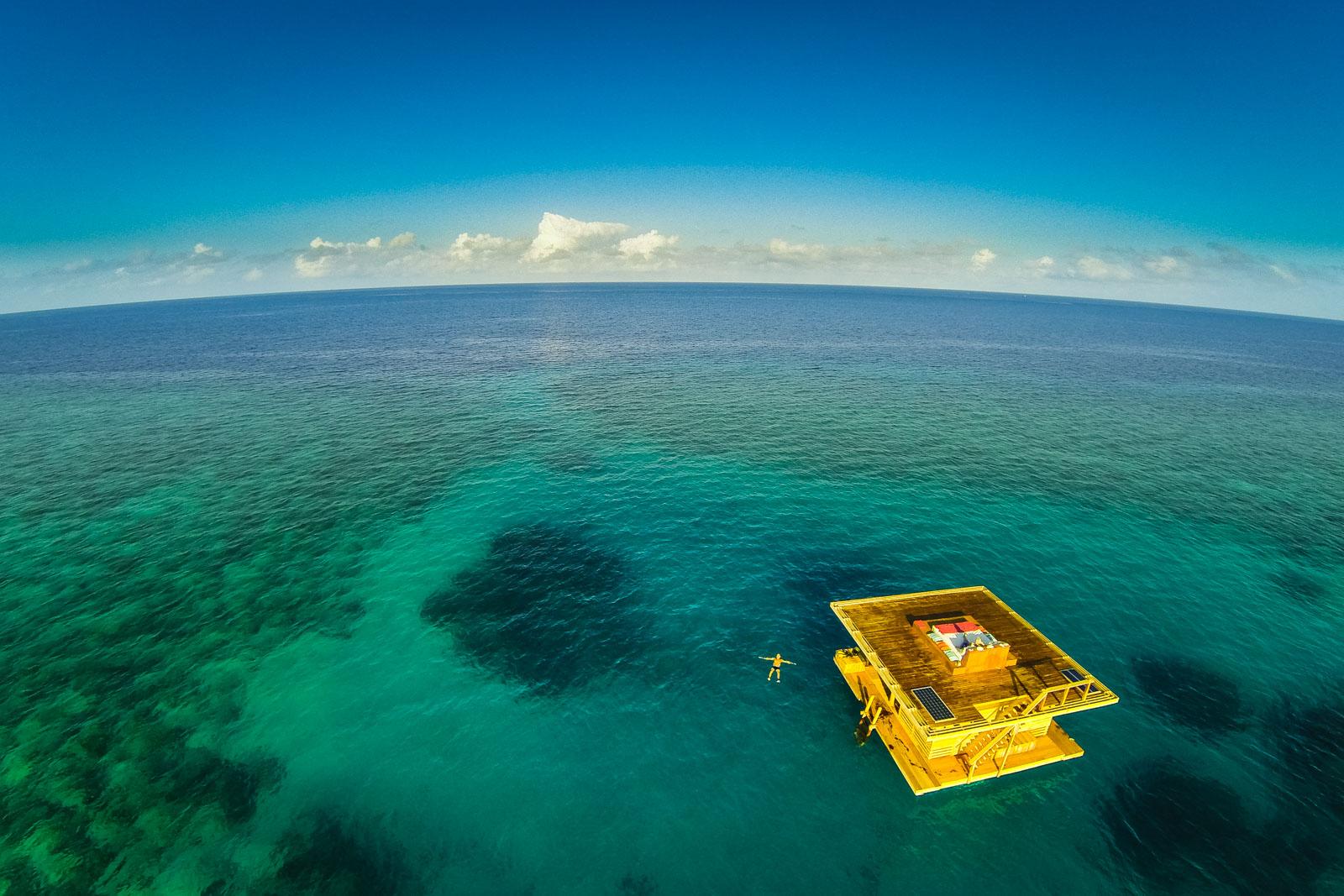 1-aerial-overview-manta-resort-underwater-room-money-shots