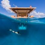 Underwater photography - Manta Underwater Room, Pemba Island, Zanzibar