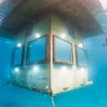Underwater photographer - Undervattensfotograf - Manta Underwater Room - Hotel - Resort - Pemba Island, Zanzibar, Tanzania, Africa, Afrika