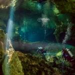 Underwater photographer - Undervattensfotograf - Cenote - Sötvattenskälla - Cave diving - Grottdykning - Mexico, Tulum, Akumal, Mexiko - Dos Ojos