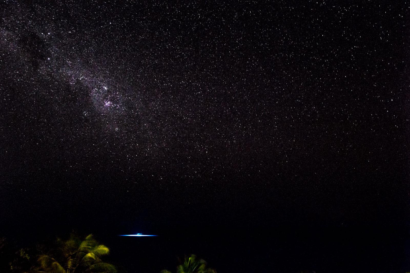 6-milkyway-night-sky-manta-resort-underwater-room-money-shots
