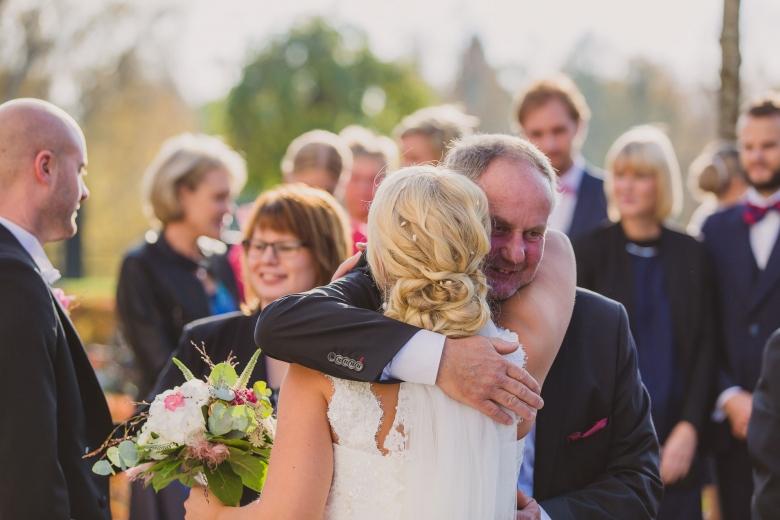 brollopsfotograf-habo-jonkoping-vigsel-wedding-photographer-ceremony-39