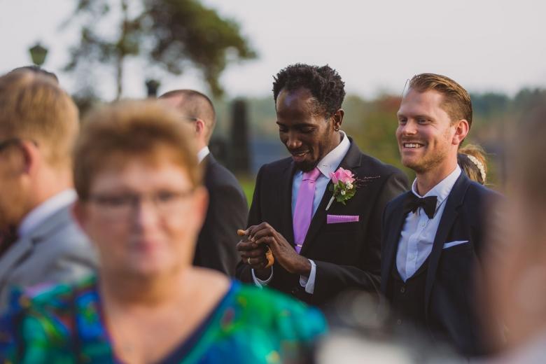 brollopsfotograf-habo-jonkoping-vigsel-wedding-photographer-ceremony-45