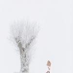 Modefotograf för Cape Sweden i härlig svensk vinter