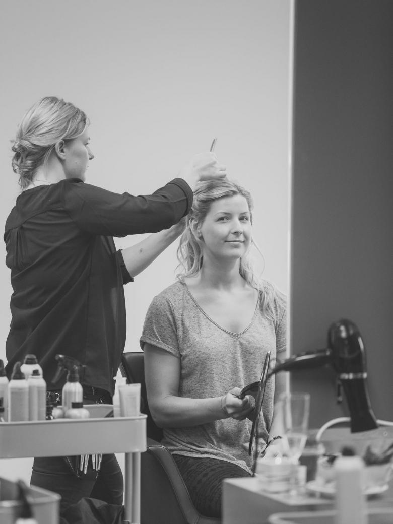 Bröllopsfotograf i Bankeryd på Salong Skapa - Wedding photographer