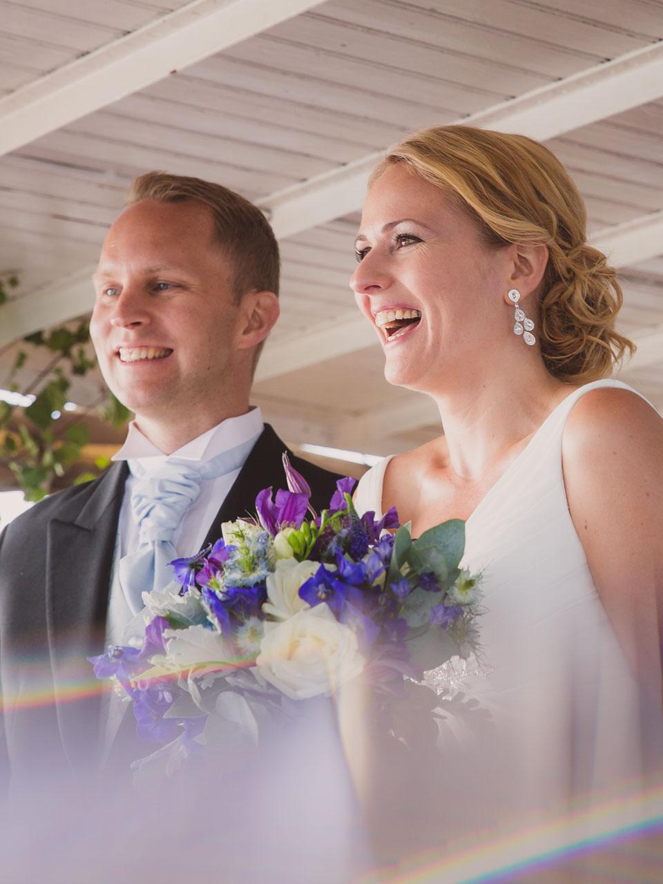 2f5f9379cfde brollopsfotograf-stockholm-bat-wedding-photographer-sweden-boat-charter-26