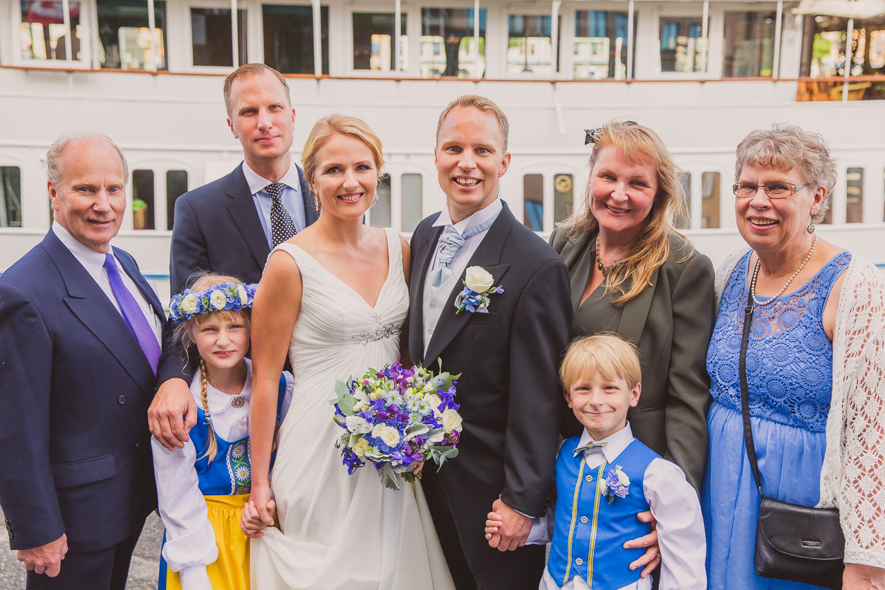 8a3987492a73 brollopsfotograf-stockholm-gustavsberg-vii-wedding-photographer-sweden-7