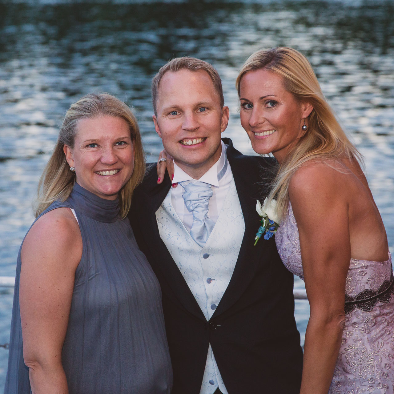 2a11ffe94f73 brollopsfotograf-stockholm-wedding-photographer-sweden-57 ...