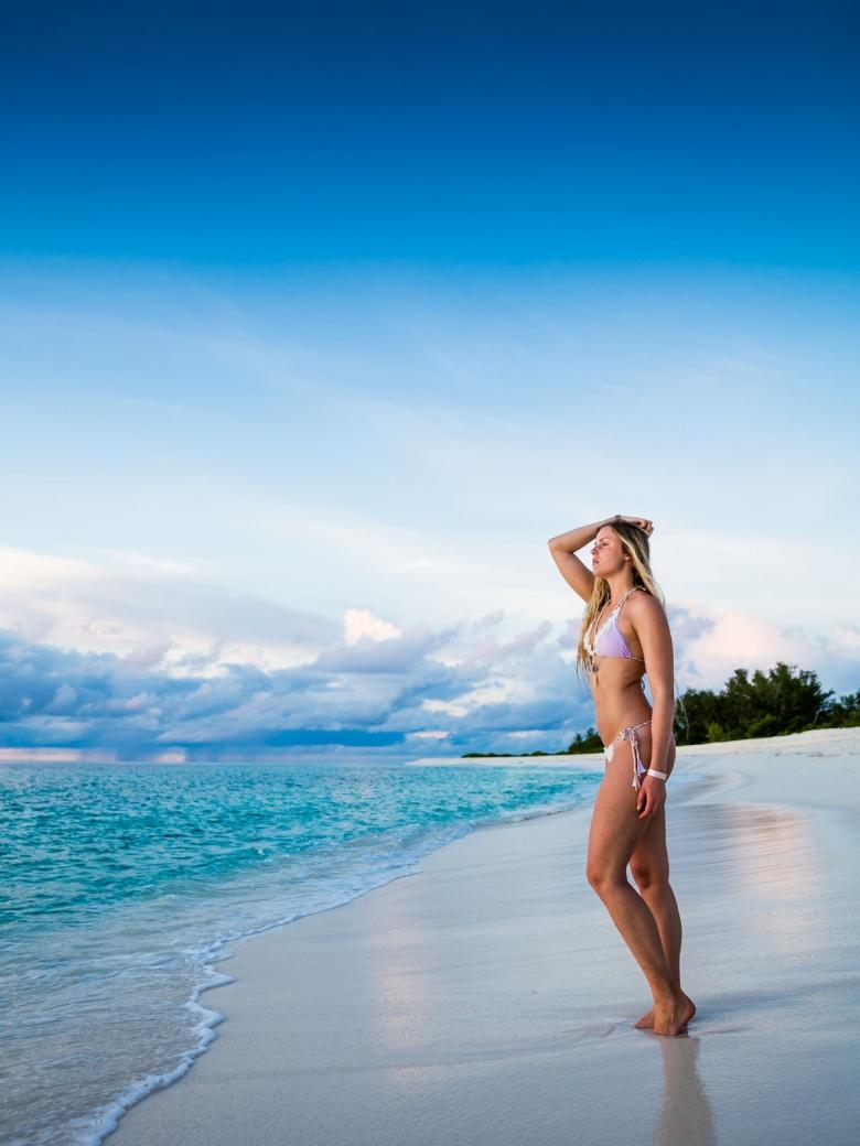bikini-swimwear-fashion-photography