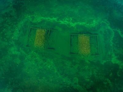 flygfoto dronarfoto video arkeologisk dokumentation under vatten krabben flytbrygga