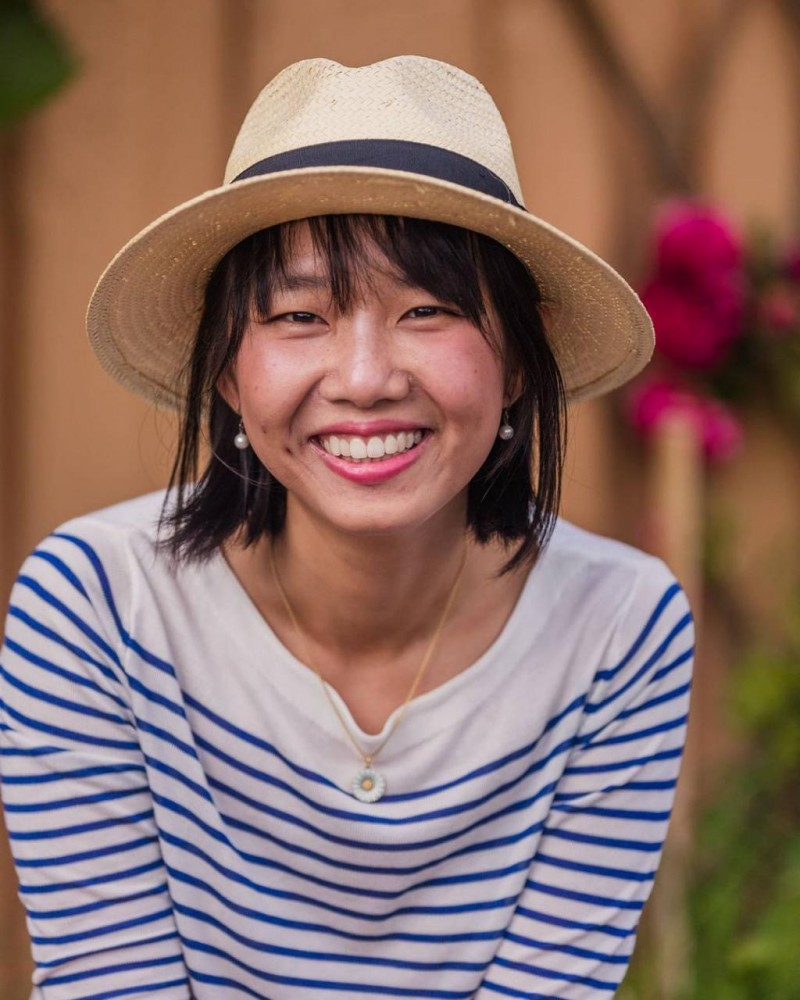 Portrait photo session for Hjo Tourism Magazine.