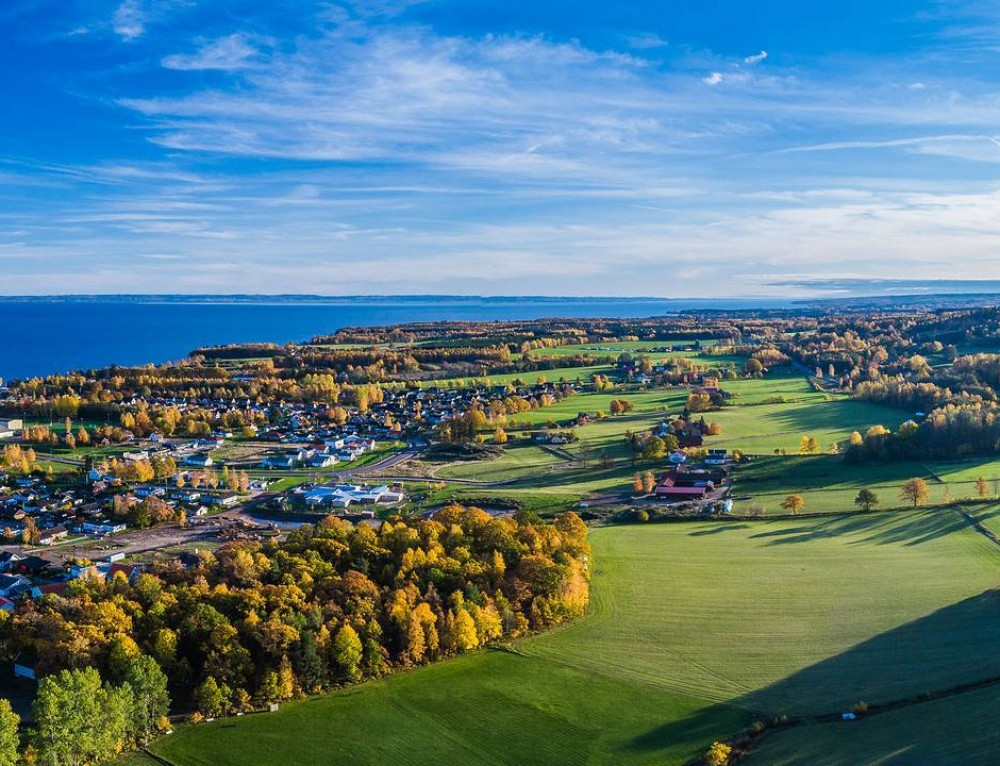 Aerial autumn photo session in Hjo, Sweden 🍂