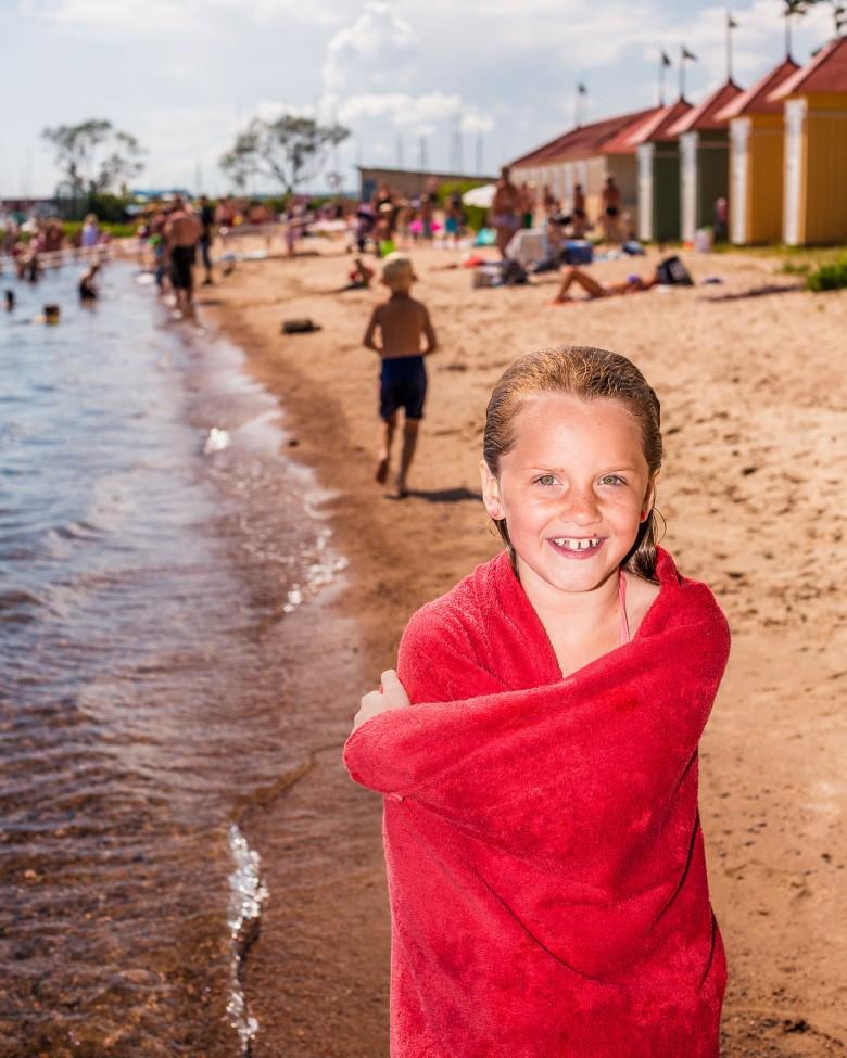 guldkroksbadet-vattern-badhytter-hjo-strand-beach-cabana