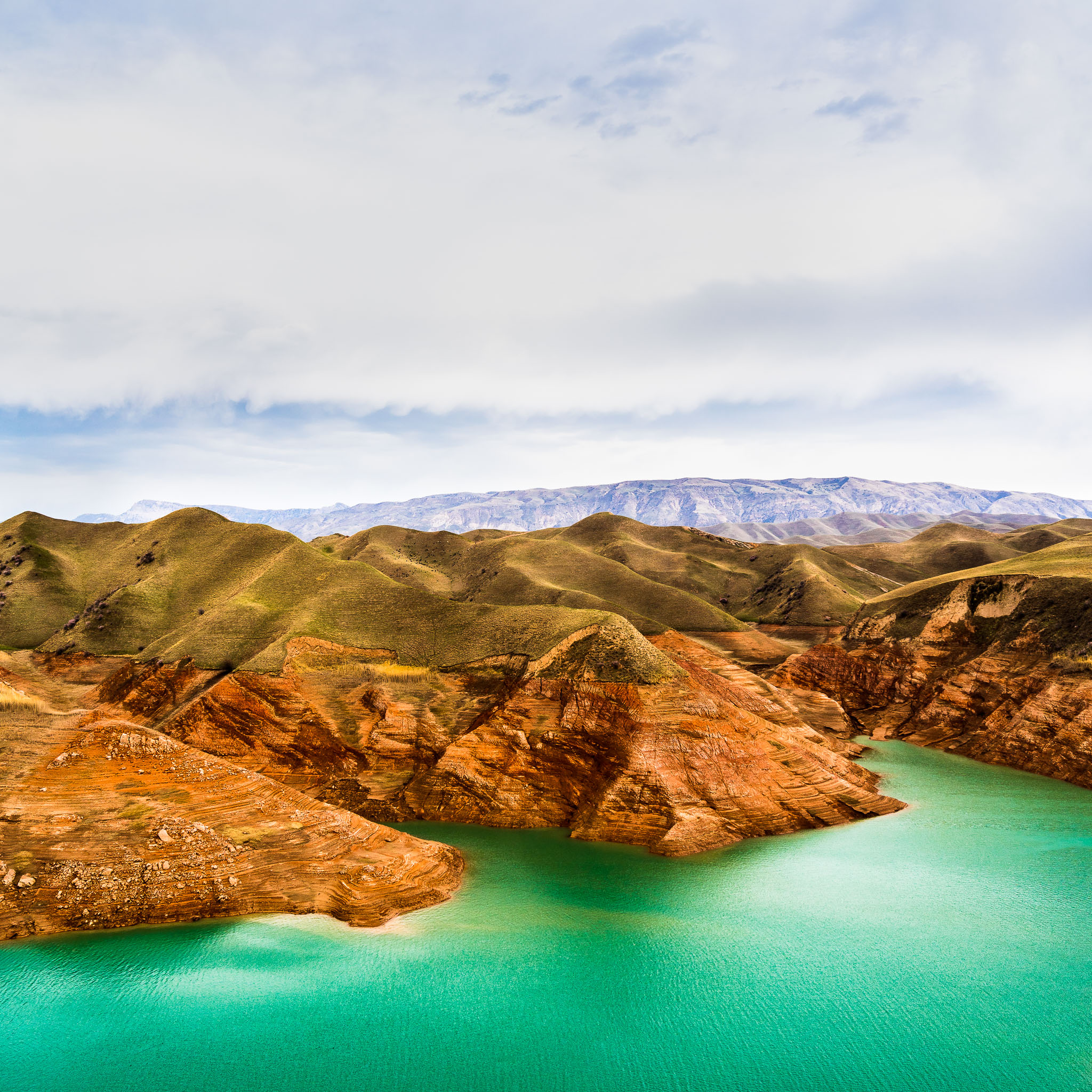 Nurek reservoir - Tajikistan - Landscape photography - Mountains - Water