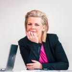 jonna-nyberg-vd-portratt-konferensrum